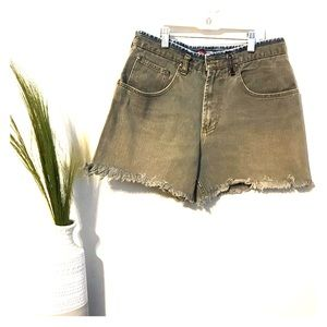 RUSTY vintage high waisted shorts